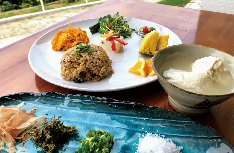 志林川豆腐さんの朝ゆし豆腐